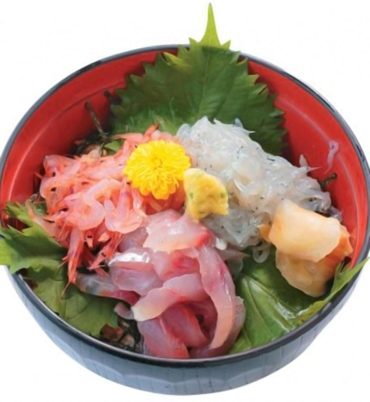沼津港 海鮮丼 ぬまづ丼