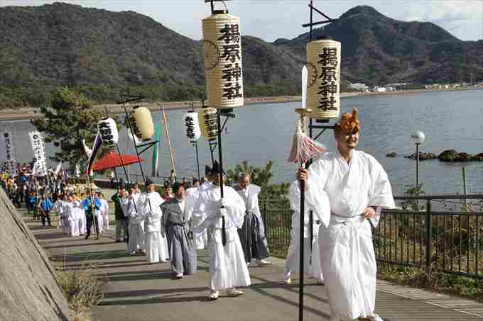 沼津御用邸記念公園in厳冬海中みそぎ祭り